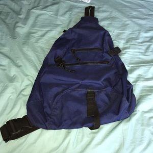 GUC Gap sling backpack